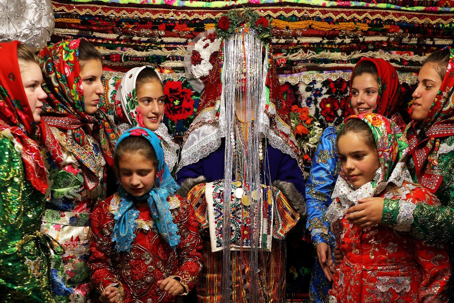 Картинки по запросу bulgarian muslim bride