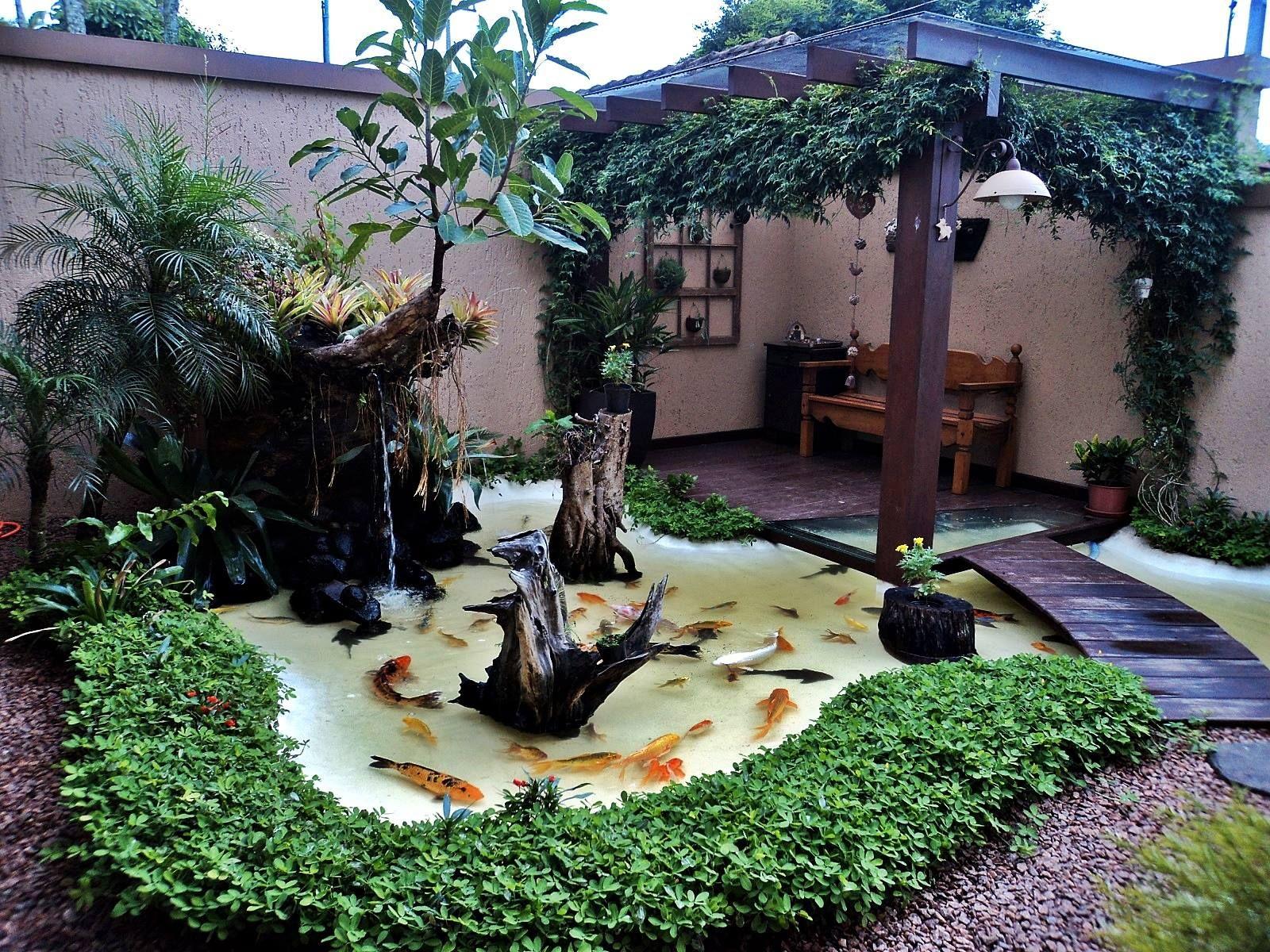 Nosso laguinho koi pinterest teiche gartenbrunnen for Japanischer kampffisch