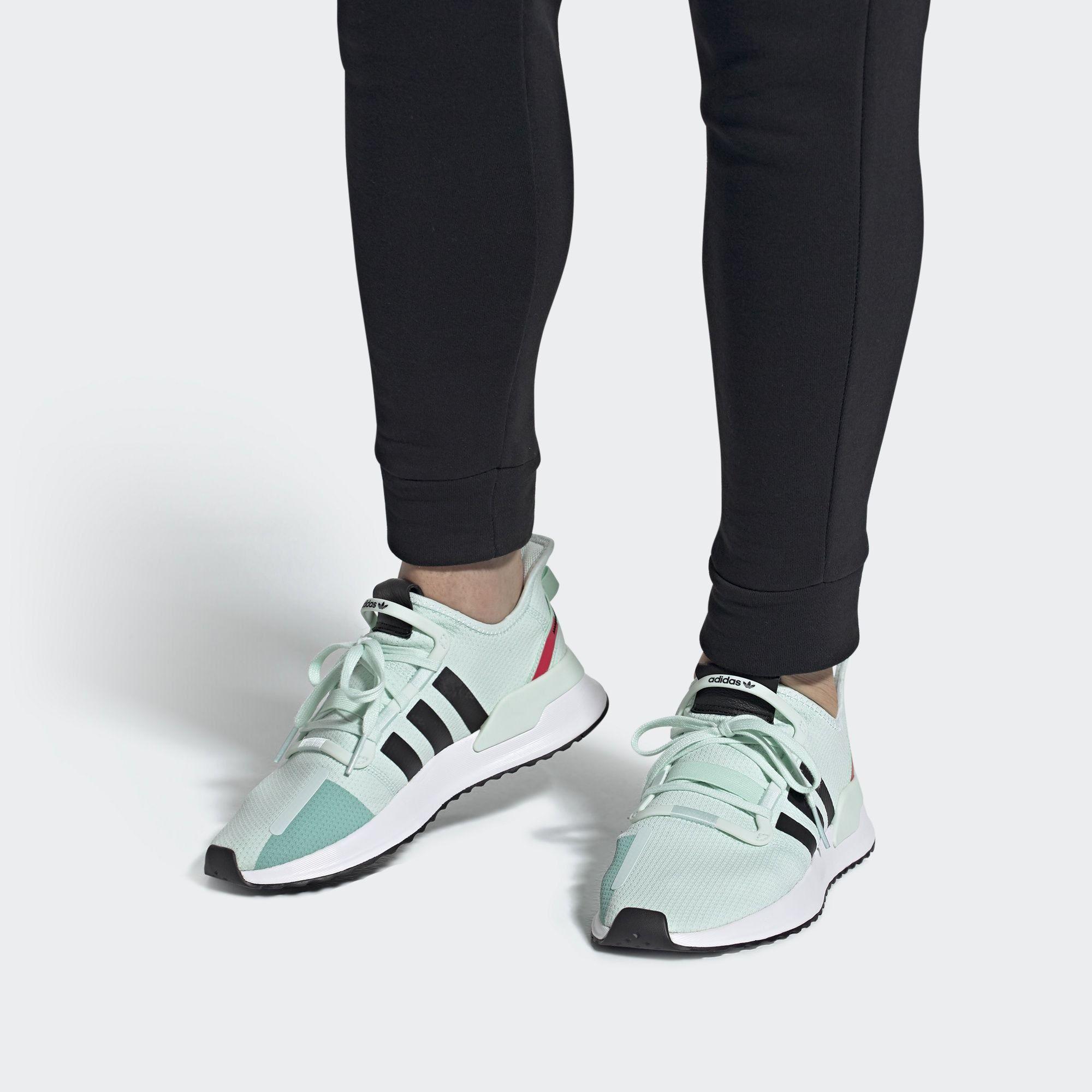sportschuhe adidas schwarz your run