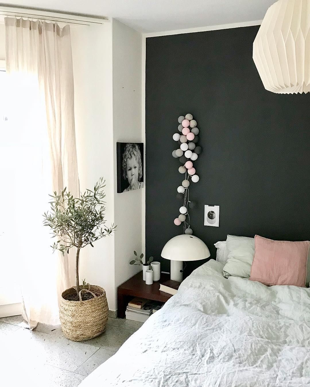 Lichterkette Pink Grey | Decor | Dunkle wände, Nachttisch ideen und ...