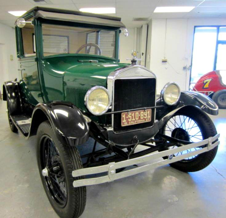 This Great Looking 1927 Ford Model T Coupe Doctors Coupe Is On Govliquidation Ford Models Classic Cars Trucks Classic Cars