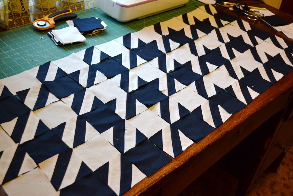 Houndstooth quilt in-progress - NewlyWoodwards