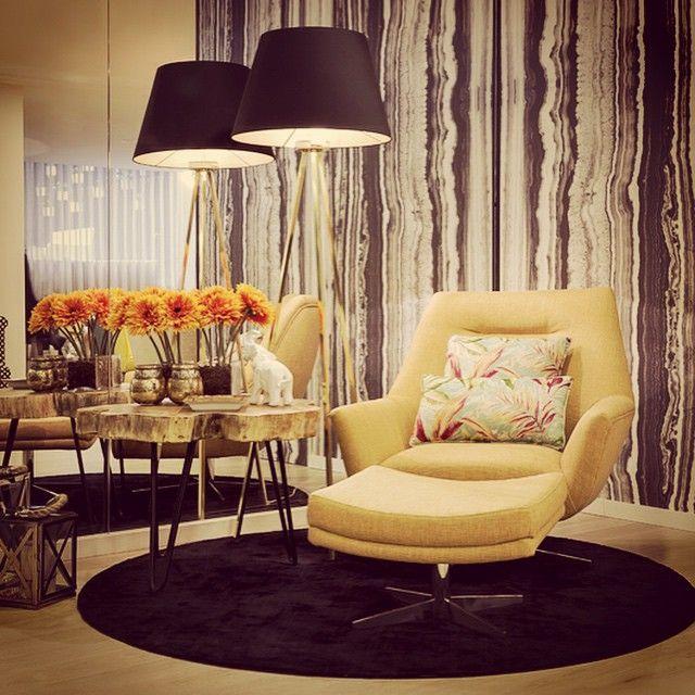 Sunny #interiordesign #interiors #instacool #style #homedesign #home #decoration #decor #livingroom #designdeinteriores #design #decoração #amarelo #tgvinterioreslisboa #tgvinterioresfoz #tgvintetioresmindelo #tgvinteriorescascais #tgvinterioresgaia