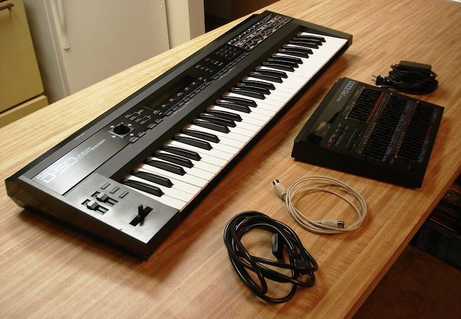 Roland D-50 & PG-1000 programmer ~ worth searching for, but