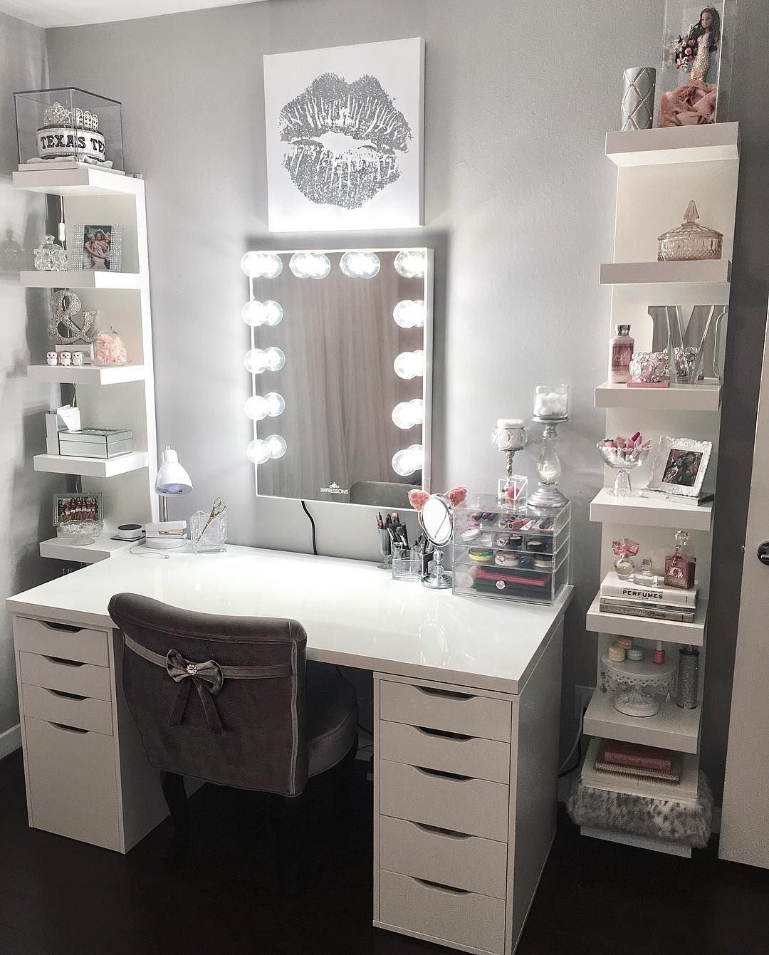 7 197 Likes 276 Comments Impressions Vanity Co