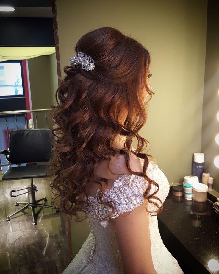 Bridal Hair And Make Up Models Www Basakkuaforma Basakkuaforma Bridal Models Haare Hochzeit Frisur Hochzeit Frisuren Hochzeit