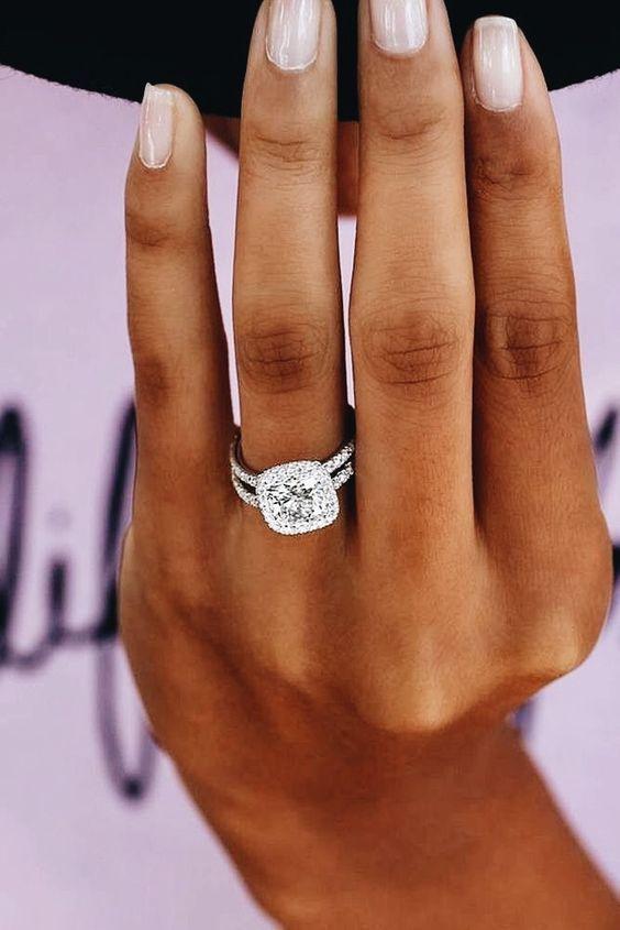 25 wunderschöne Verlobungsringe, die Sie inspirieren #cushionengagementring