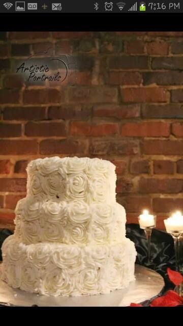 Rosette Wedding Cake 3 Tier Red Velvet With Cream Cheese Icing