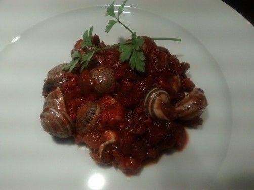 caracoles en salsa para #Mycook http://www.mycook.es/receta/caracoles-en-salsa/