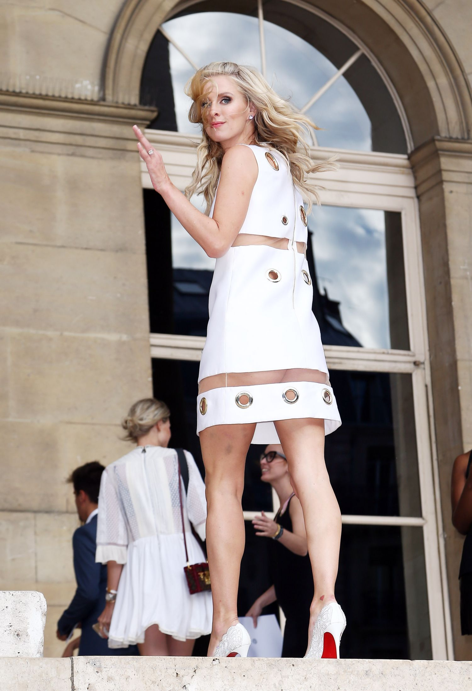 nicky hilton upskirt Paris and