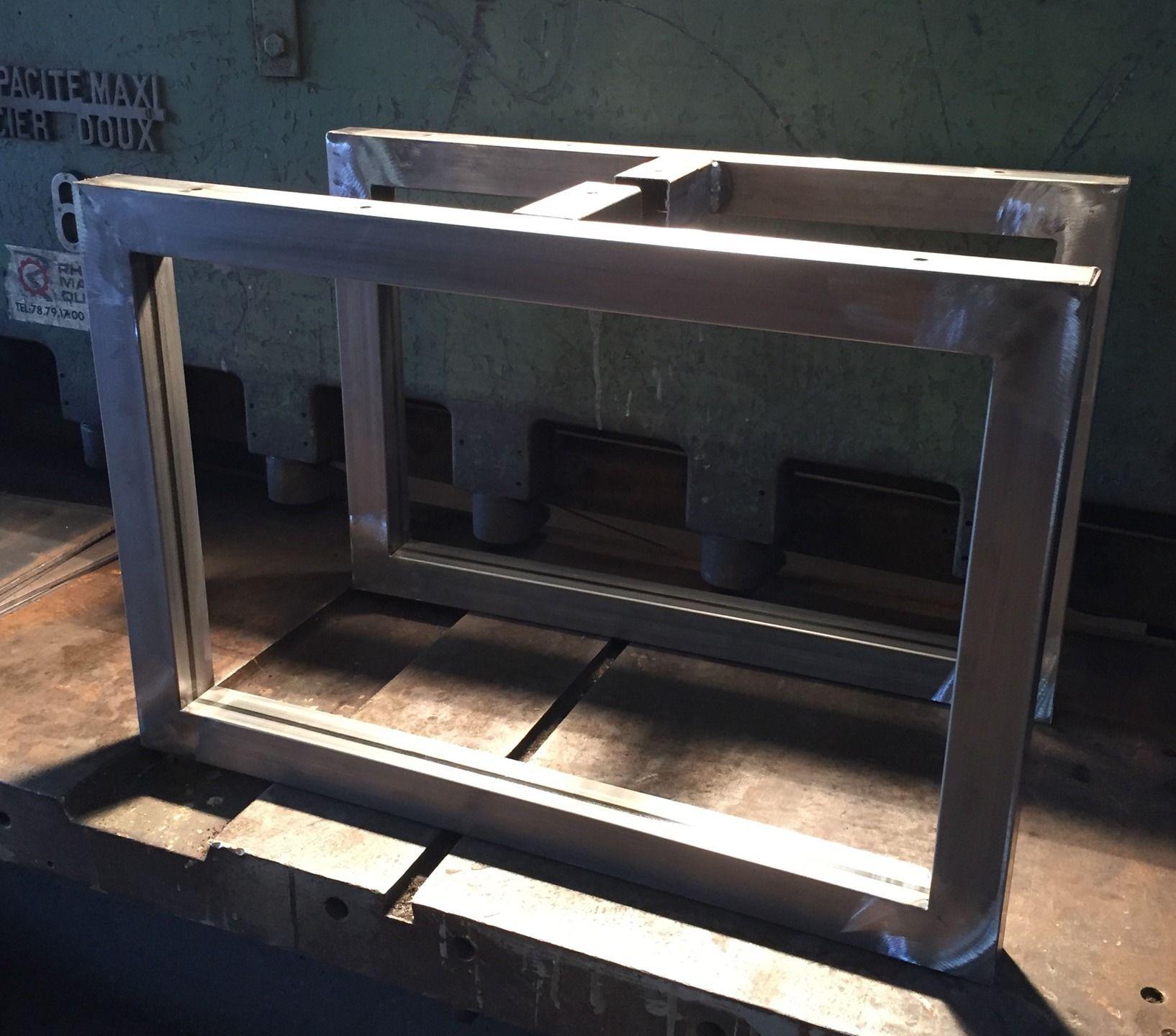 pieds de table bassse en tube carre hauteur 30 ou 35 cms. Black Bedroom Furniture Sets. Home Design Ideas
