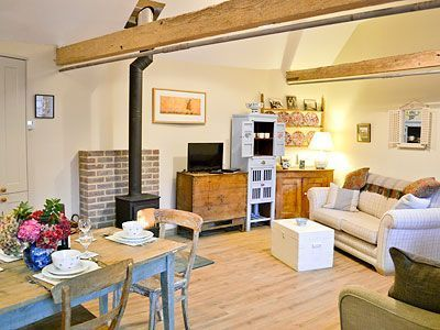 Ox Lodge Barn Cottage Holidays in Battle East Sus