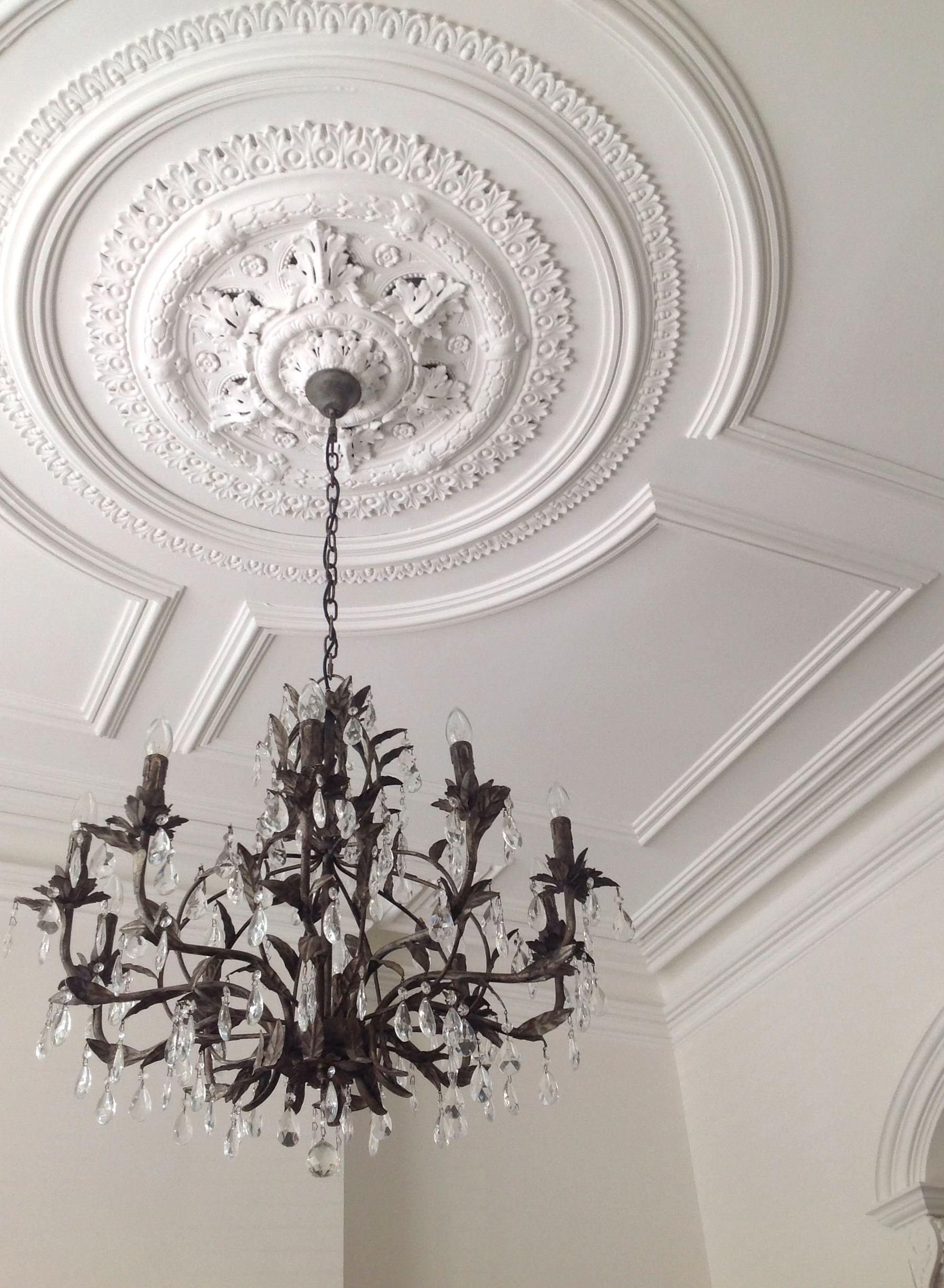 Victorian Ceiling In 2020 Victorian Ceiling Medallions House Ceiling Design Ceiling Detail
