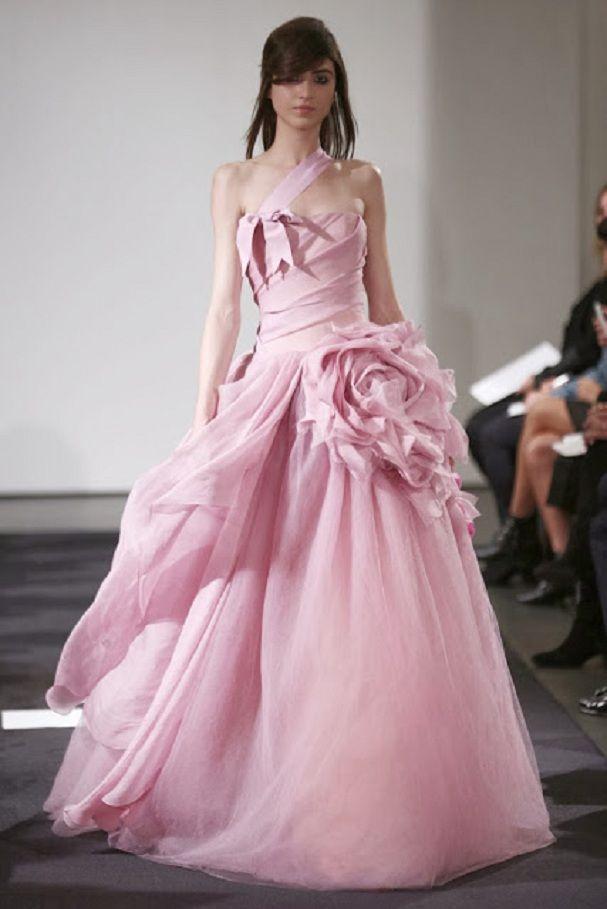 bodas divinas vera wang | Vestidos de novias de colores | Pinterest ...