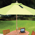 This is the only market umbrella that extends the battery life of mobile devices, so you can frolic longer outdoors without fretting over a drained battery.