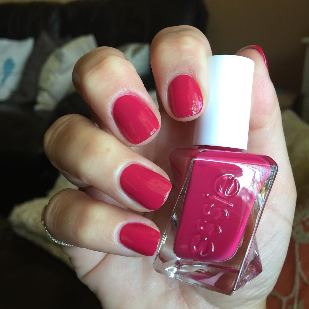 essie gel couture Sit Me In The Front Row, | Manicura-pedicura ...