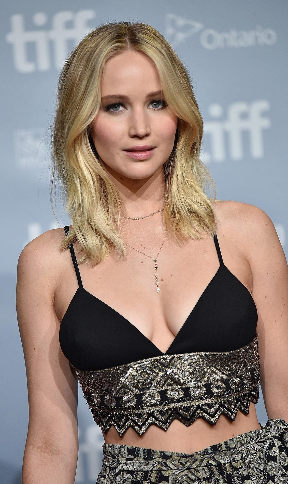 Pin By Rob Mccollough On Actors Artists Jennifer Lawrence Photos