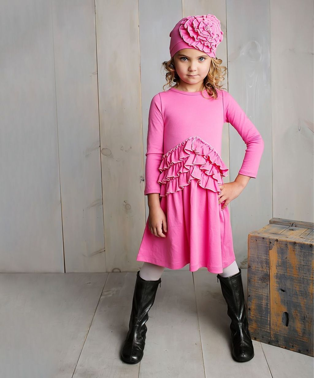 c98d2cf35666 37 Charming Kids Winter Dress Ideas Christmas Gifts | Women Fashion ...