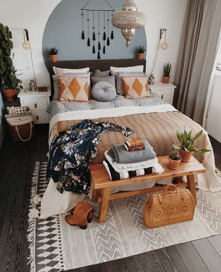 33+ Beautiful Bohemian Bedroom Decor to Inspire You images