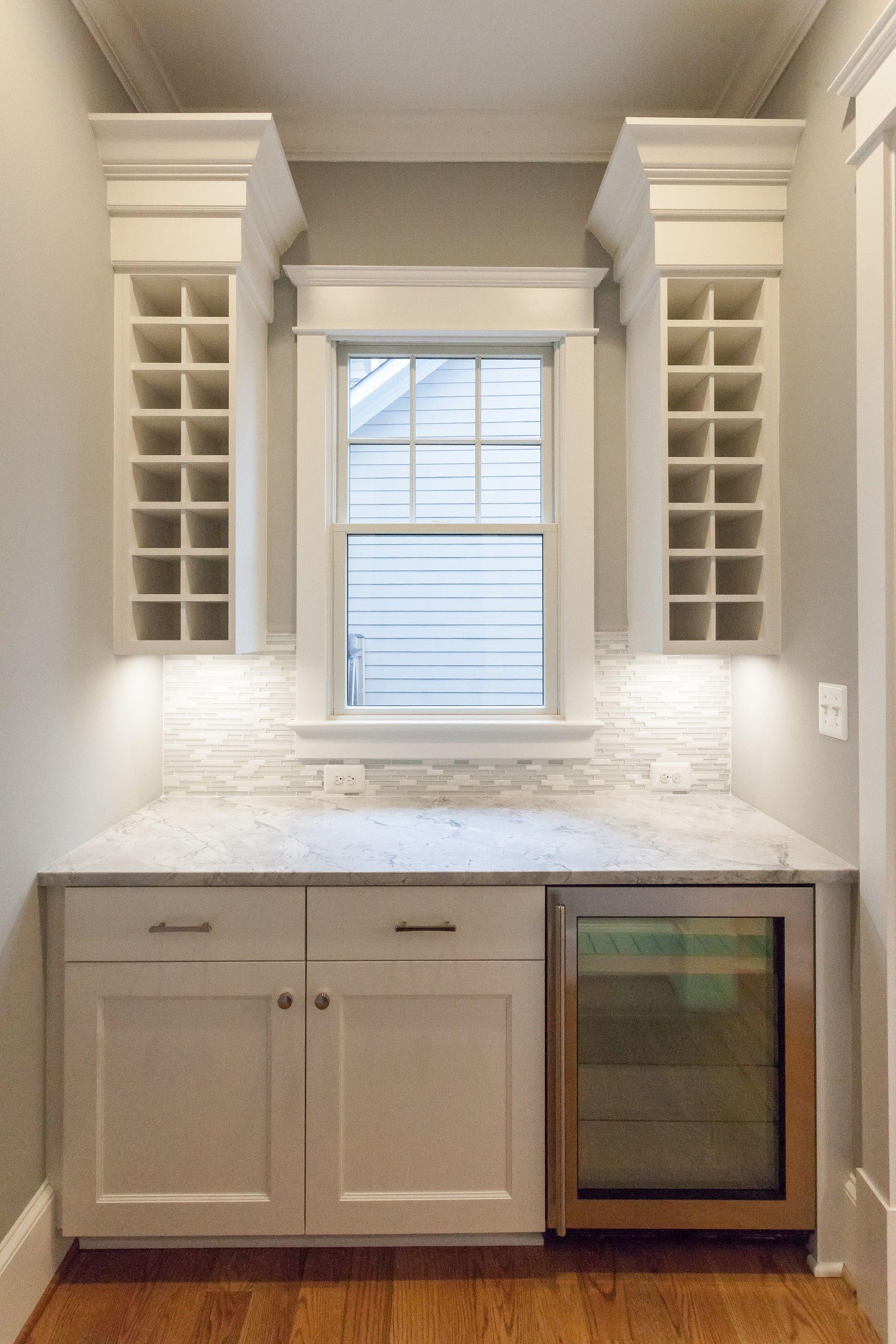 butler s pantry and dry bar with built in wine racks in custom home rh pinterest com