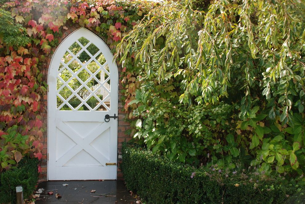 Brick wall English garden formal garden front gate garden door gate - Garden doors and gates