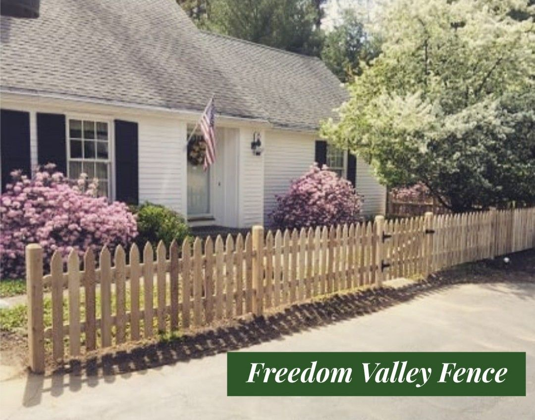 Cedar Fence Picket Fence Gates Front Entrance Charm Cedar Fence Pickets Fence Mailbox Installation