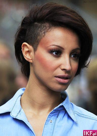 Jak Układać Krótkie Włosy Wygolony Bok Szukaj W Google