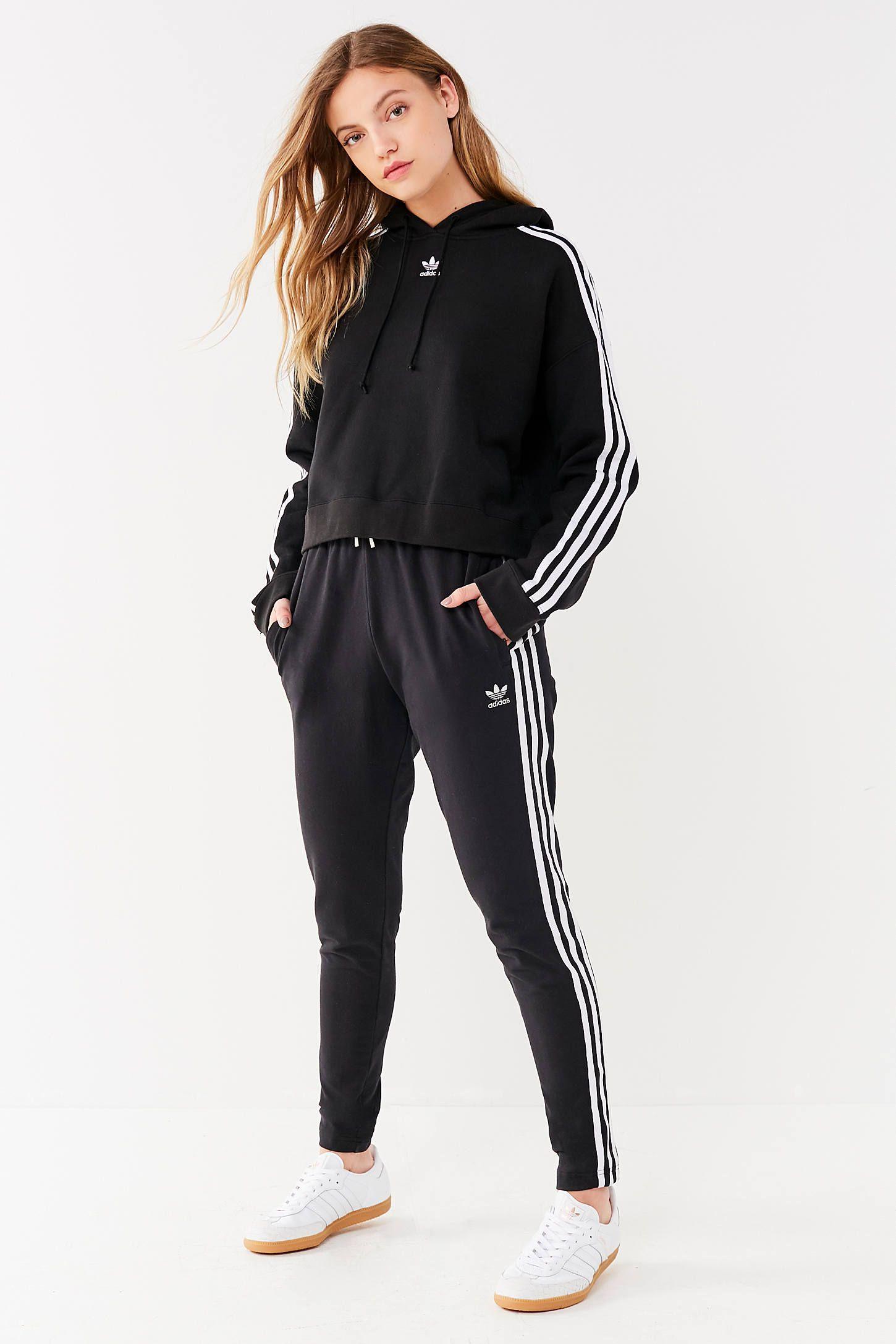 Predownload: Adidas Originals Adicolor 3 Stripes Cropped Hoodie Sweatshirt Adidasclothes Adidas Originals Adicolor 3 Stripes Cropped Hoodie Swe Model Pakaian Pakaian Model [ 2175 x 1450 Pixel ]