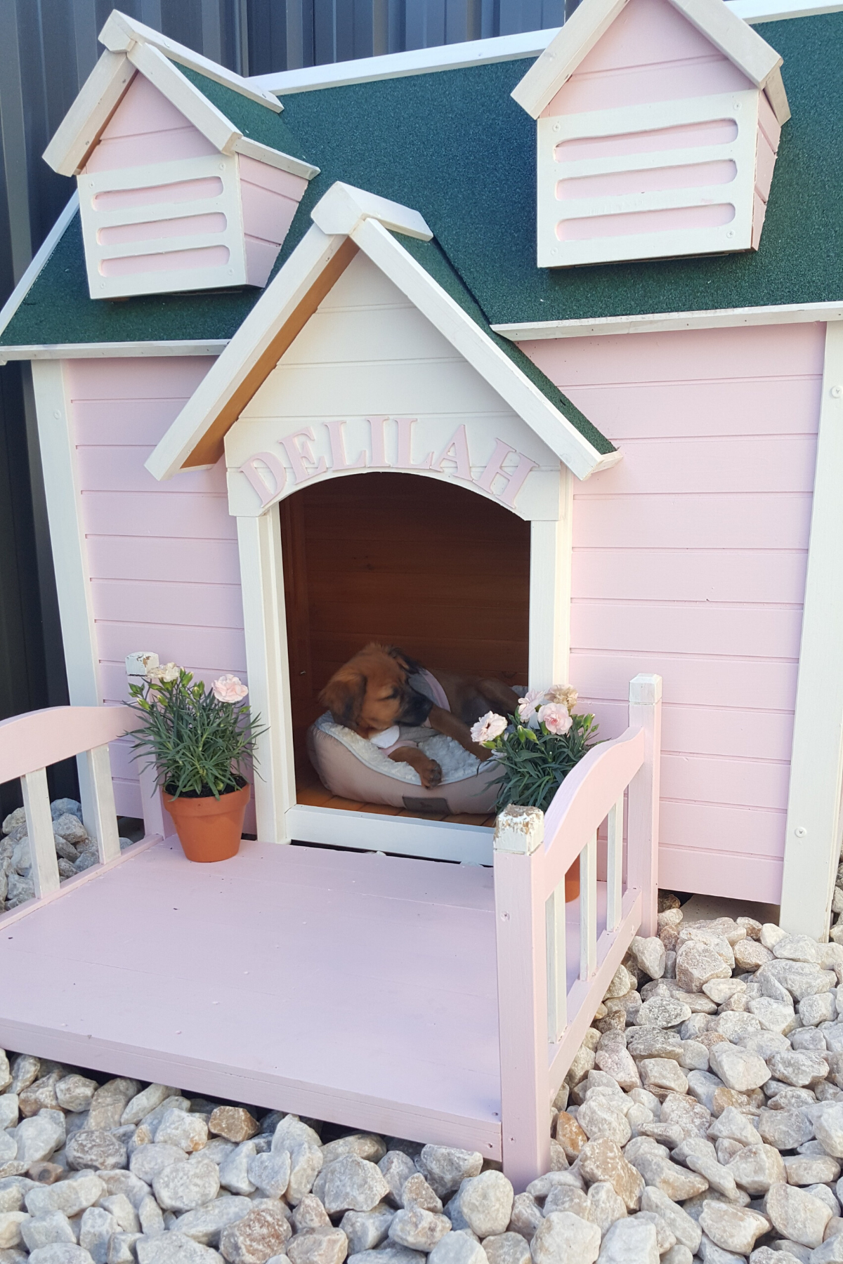 Princess Delilah S Kennel From Great Beginnings Dog House With Porch Dog House Diy Outdoor Dog House [ 1800 x 1200 Pixel ]