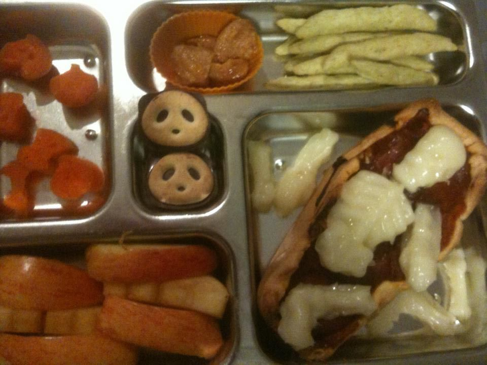 cheese skeleton in a pizza coffin bento