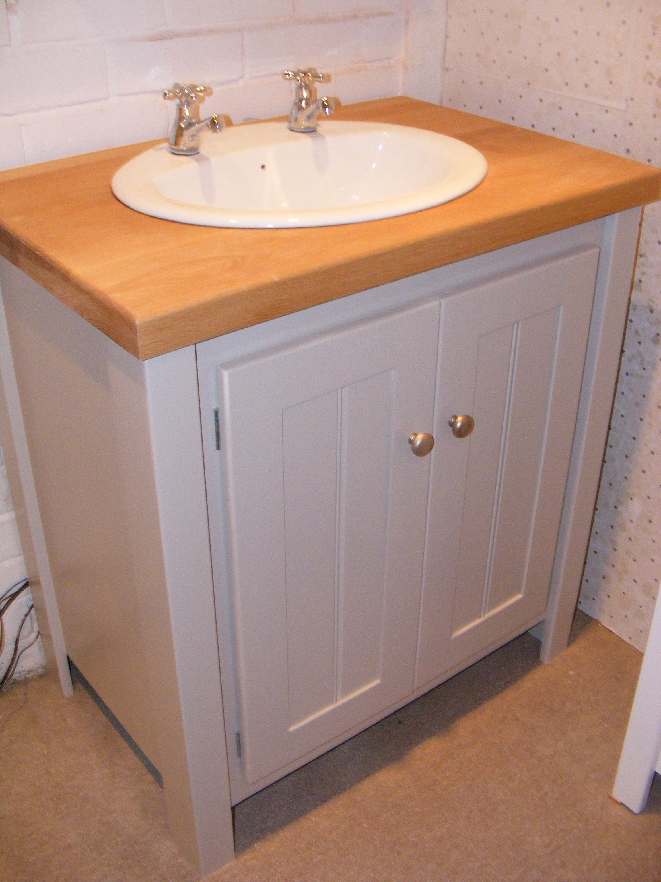 Pavillion Grey Vanity Unit with A Solid Oak Top and Brushed Chrome