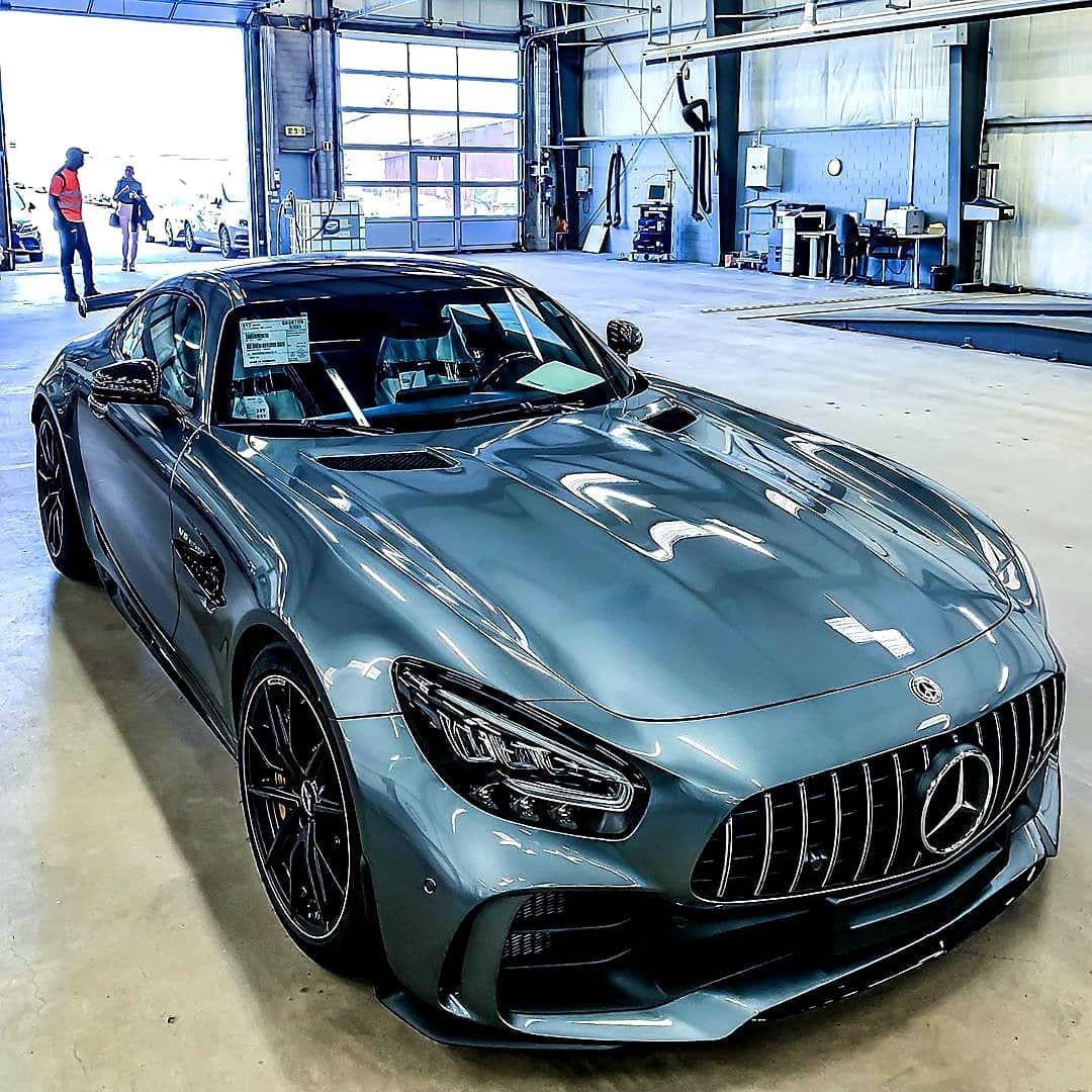 Mercedes In 2020 Best Luxury Cars Mercedes Amg Gt R Luxury Cars