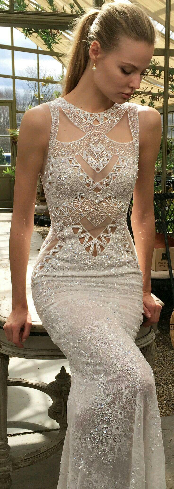 Pin von Eugenie davis auf Dresses | Pinterest | Abendkleider ...