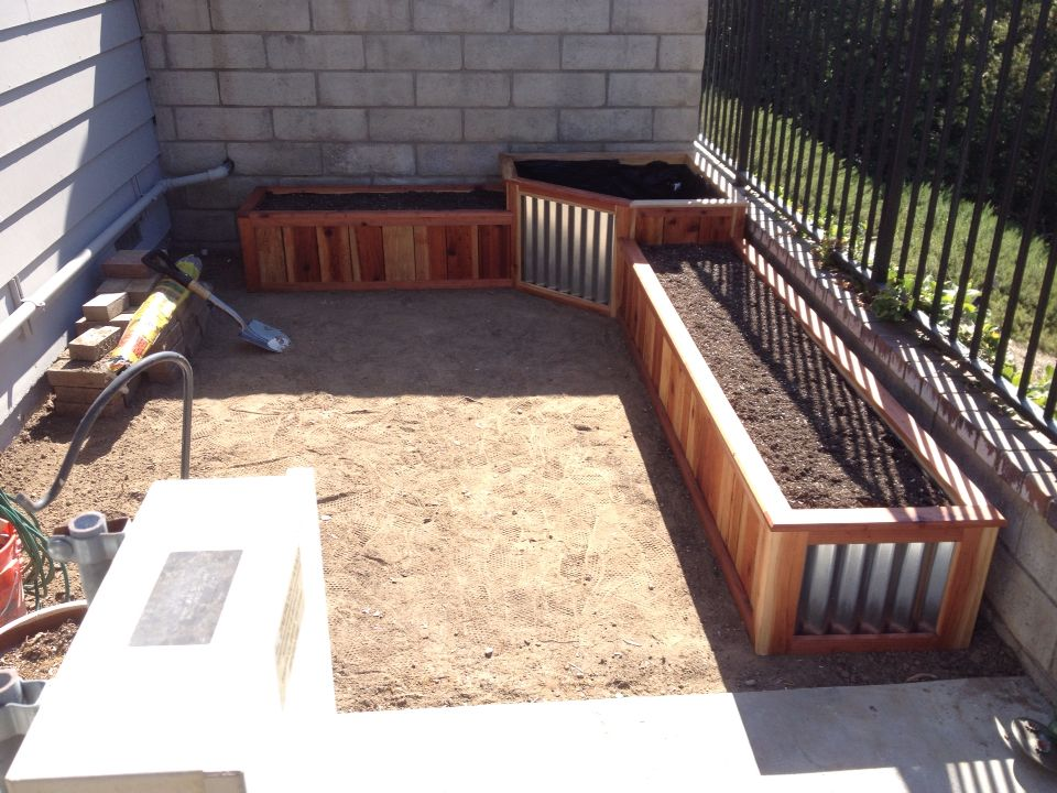 Above Ground Redwood Planter With Corrugated Metal Drip 400 x 300
