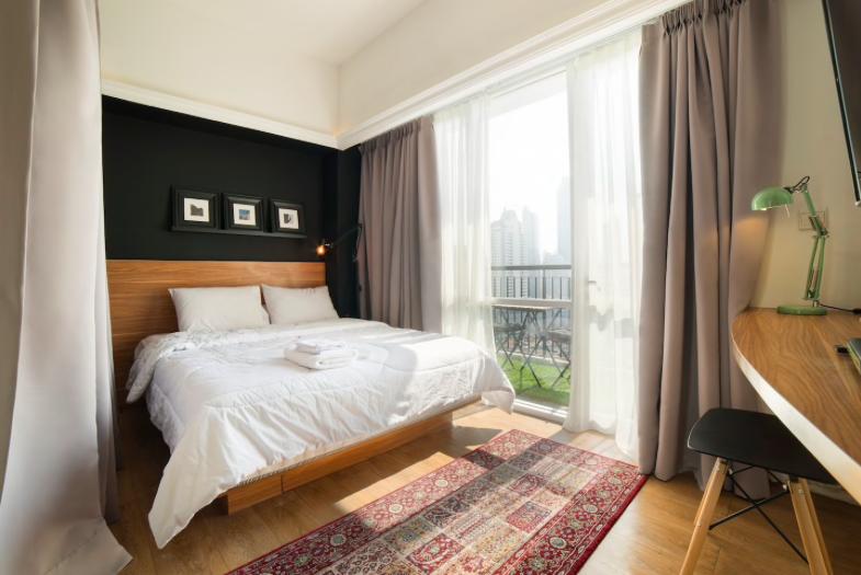 Best Airbnb Rentals in Jakarta | Airbnb rentals, Home decor