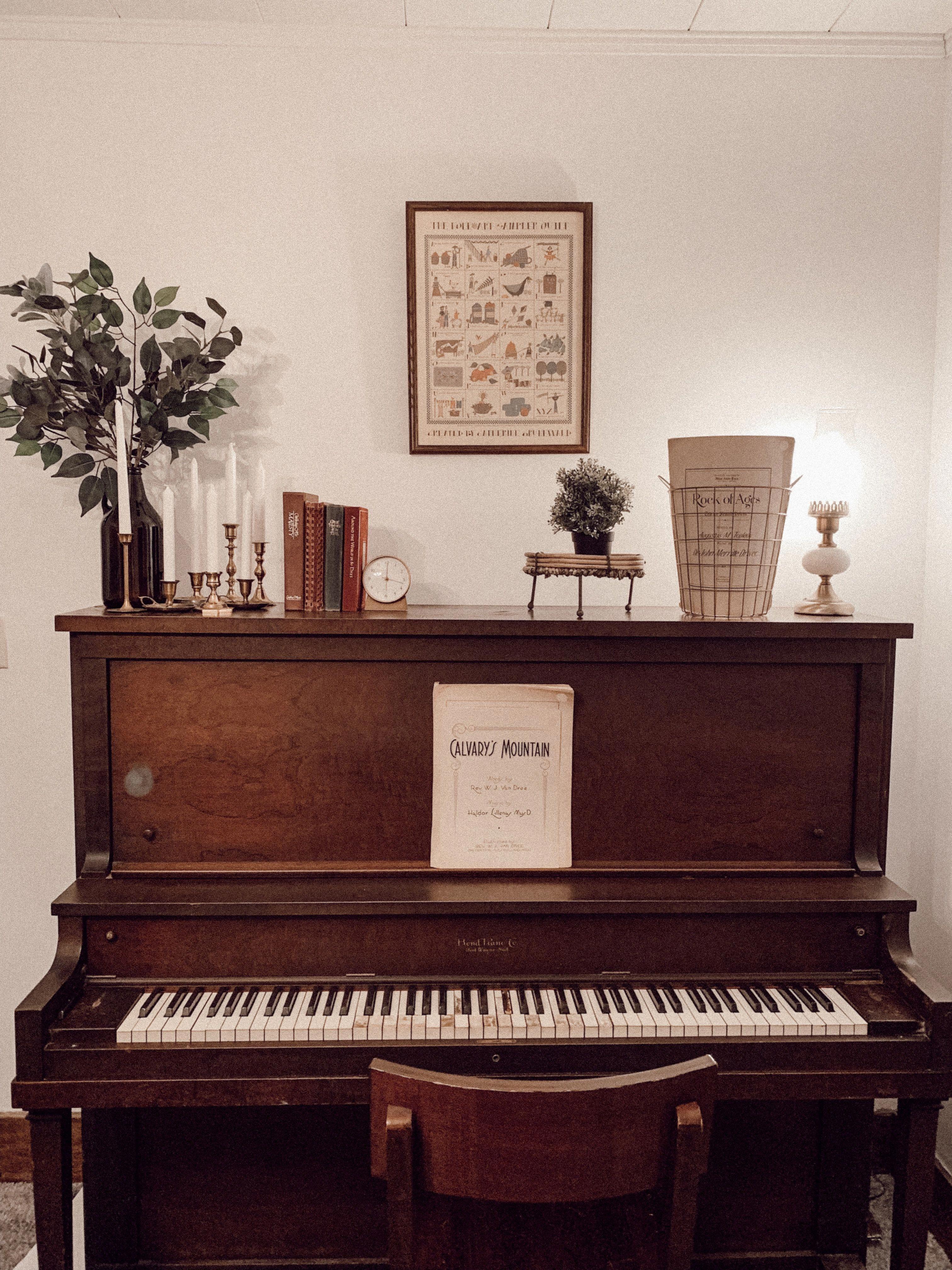 Housedecor Piano Decor Upright Piano Decor P