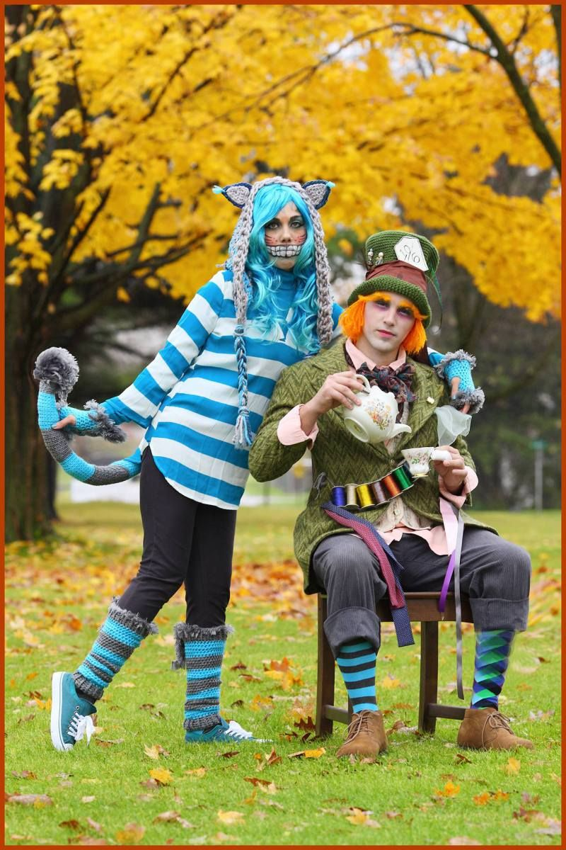 Cheshire cat and mad hatter crochet pinterest cheshire cat nadia i am the cheshire cat inspired by the 2010 movie alice in wonderland i crocheted the hood the tail the hand warmers and the leg warmers using red bankloansurffo Image collections