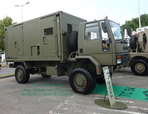 Véhicules et matériels : le camion 4x4 Panhard C54 ...