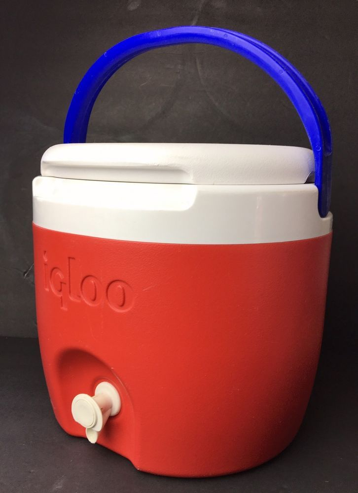 Vintage Igloo Elite 2 Gallon Thermos Water Jug Cooler Red Camping Picnic Ebay Ice Chest Cooler Coolers For Sale Cooler