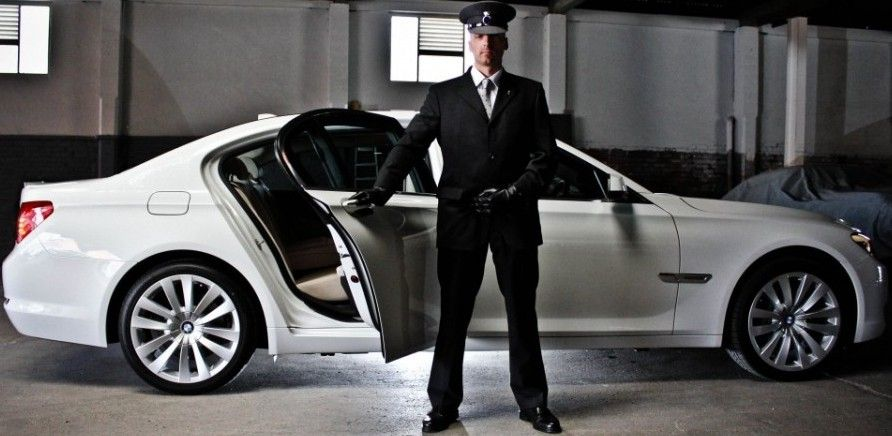 Nyc Car Service Coupons Get A Ride To And From The Airport And The Tri State Area Airport Car Service Chauffeur Service Chauffeur
