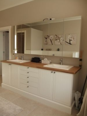 IKEA cuisine en salle de bain - badkamermeubel | bathroom cottage ...