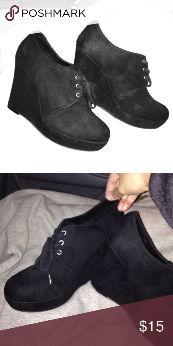 Ankle Boots Cute for a night out with your fall or winter look. Heeled for that extra oomph to your outfit! PacSun Shoes Heeled Boots