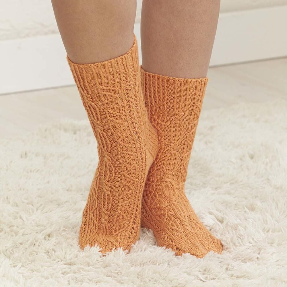 9604182134ba72 Make These Gorgeous Knit Tangerine Twist Socks With Cables