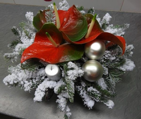 Composition de no l art floral pinterest composition for Decoration florale noel