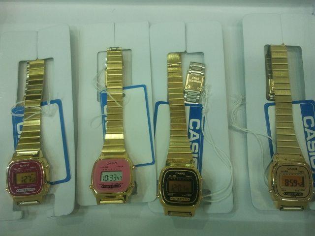 ساعة كاسيو الكوري السعر للدرزن 600 ريال تطلع خمسين ريال للحبة مع علبة كاسيو وبدون ضمان Digital Watch Casio Watch Casio