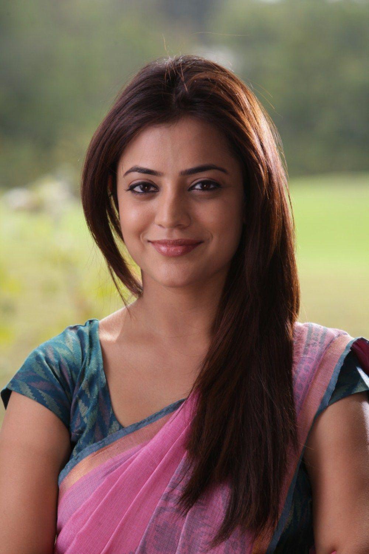 South Indian Actress Wallpapers In Hd Nisha Agarwal Pink Saree