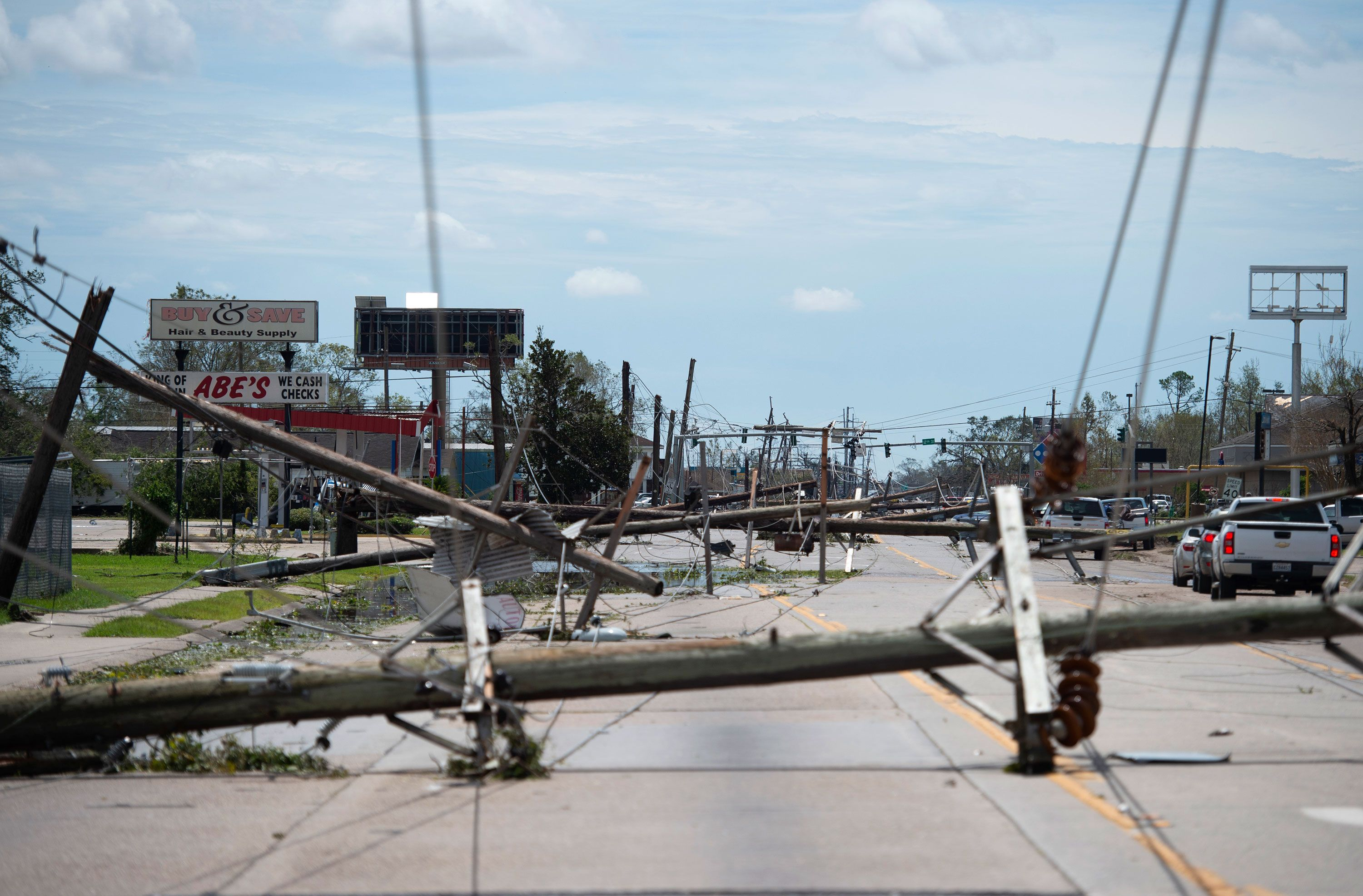 More Than 800 000 Customers In Louisiana And Texas Don T Have Power In 2020 National Hurricane Center National Weather Travel Alerts
