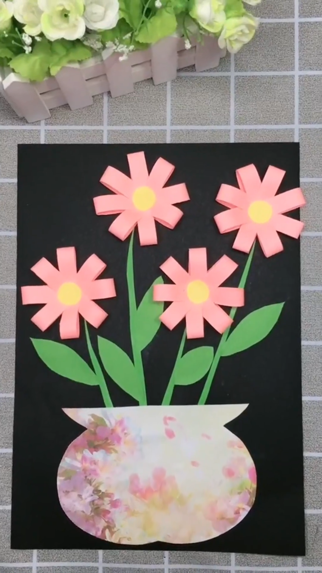 Photo of DIY Paper Flower Picture