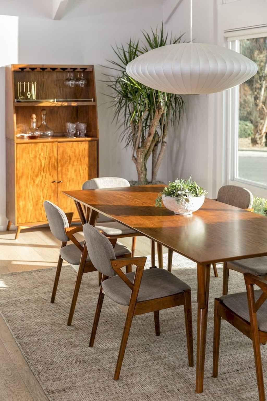 70 Moderne Ideeen Uit De Mid Century Eetkamertafel Gladecor Com In 2020 Mid Century Dining Room Modern Dining Table Mid Century Modern Dining Room