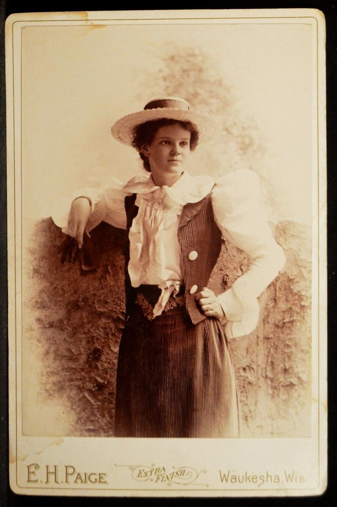 Cabinet Photo Young Woman Straw Hat Leg of Mutton by Paige Waukesha Wisconsin